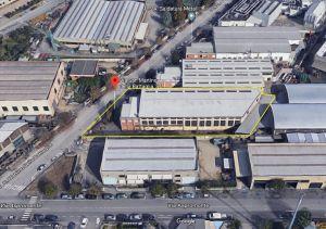 Capannone e Palazzina uffici e abitazione a Nichelino (To)