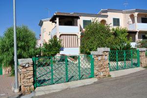 Villa volendo tri famigliare a 1 km dal Mare Limpiddu Budoni